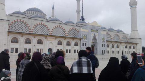 İstanbul'da site sakinlerimiz için cami gezileri düzenlendi